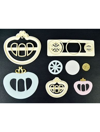 FMM Cutter - Magical Range - Princess Carriage Set of 2